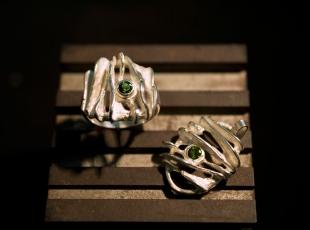 anello-e-pendente-parure-con-pietra.jpg